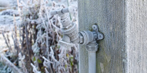 Preventing Your House's Hose Bibs From Freezing During Winter